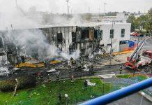avión se estrelló contra un edificio en Milán - avión se estrelló contra un edificio en Milán