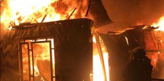 Mujer le quemó la casa a su expareja